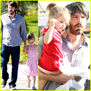 Ben Affleck: Daddy Day with Violet and Seraphina!