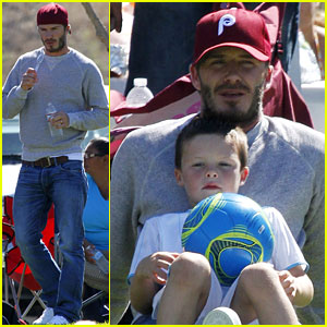 David Beckham Watches His Mini Soccer Stars!