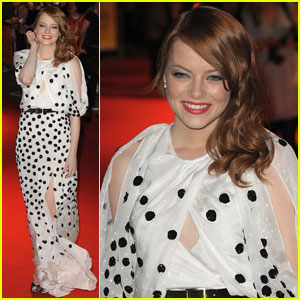 Emma Stone Premieres 'The Help' in London