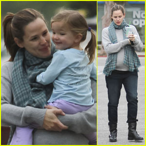 Jennifer Garner: Mommy-Daughter Coffee Date