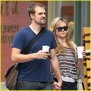 Julia Stiles &#038; David Harbour Hold Hands in NYC