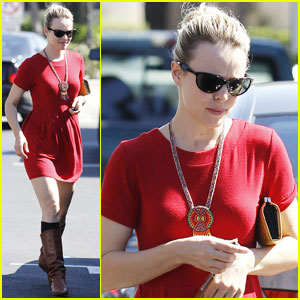 Rachel McAdams Grabs Coffee in Culver City