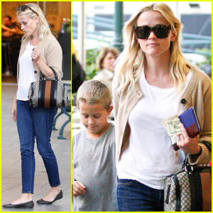 Reese Witherspoon Runs Errands with Deacon