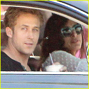 Ryan Gosling &#038; Eva Mendes Heat Up in Hollywood