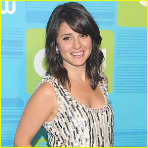 Shiri Appleby Joins 'Dating Rules From My Future Self'