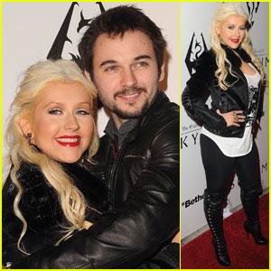 Christina Aguilera: Elder Scrolls V: Skyrim Launch!