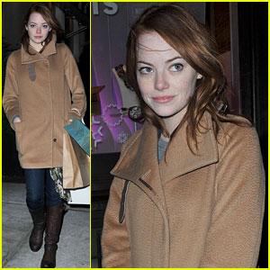 Emma Stone: Diane Keaton is So Beautiful!