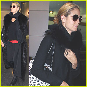 Heidi Klum Jets to JFK