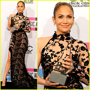 Jennifer Lopez - AMAs 2011 Winner!