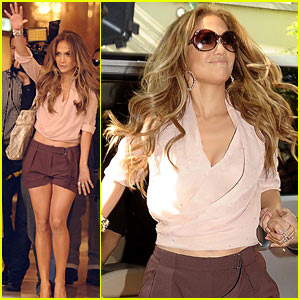 Jennifer Lopez: Executive Producer for MTV Latina Comedy!