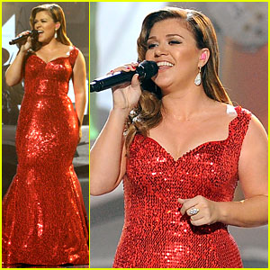 Kelly Clarkson - AMAs 2011 Performance!