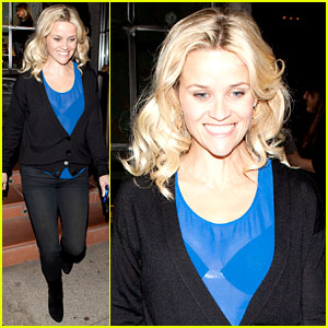 Reese Witherspoon Ditches Python Bag After PETA Complaint