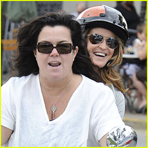 Rosie O'Donnell & Michelle Rounds: Motorcycle Ride in Miami Beach!
