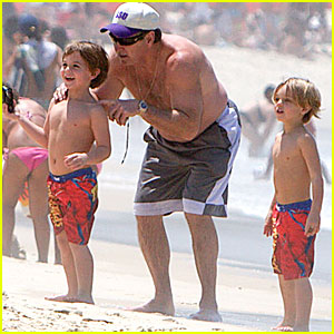 Sean Preston &#038; Jayden James Federline: Brazil with Grandpa Jamie!