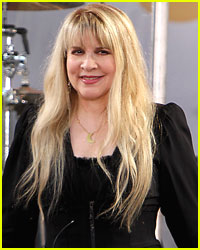 Stevie Nicks: Support the Troops!