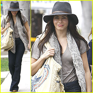 Jenna Dewan: Christmas Shopping in West Hollywood!