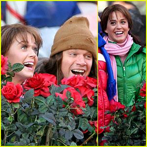 Katy Perry & Matt Damon Film for 'Saturday Night Live'!