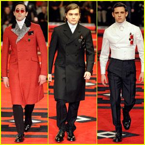 Adrien Brody & Emile Hirsch: Runway Models for Prada!