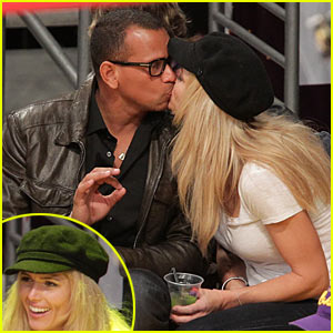 Alex Rodriguez &#038; Torrie Wilson: Kissing Couple