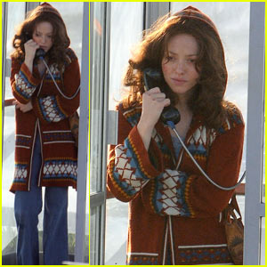 Amanda Seyfried: Phone Booth Scenes for 'Lovelace'