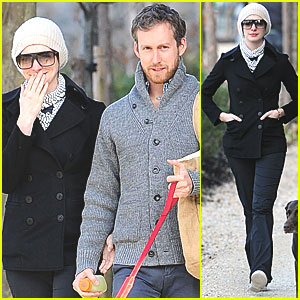 Anne Hathaway &#038; Adam Shulman Walk with Esmeralda