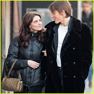 Ashley Greene & Reeve Carney: Columbus Circle Couple