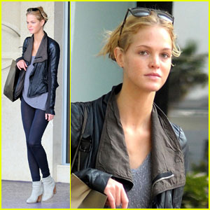 Erin Heatherton: Miami Modeling