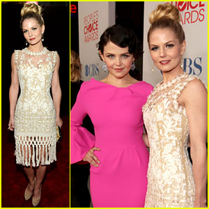 Jennifer Morrison & Ginnifer Goodwin - People's Choice Awards 2012 Red Carpet