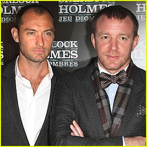 Jude Law: 'Sherlock Holmes' in Paris!
