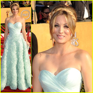 Kaley Cuoco - SAG Awards 2012 Red Carpet