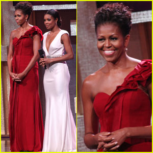 Michelle Obama: Lady in Red!