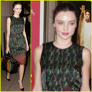 Miranda Kerr: Sydney Opera House Visit!