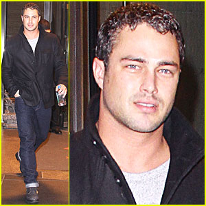 Taylor Kinney: New Year's Eve in NYC!
