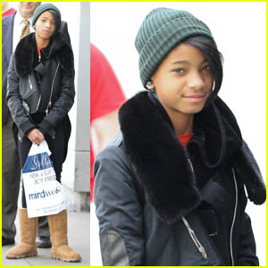 Willow Smith: Beanie 'n' Boots!