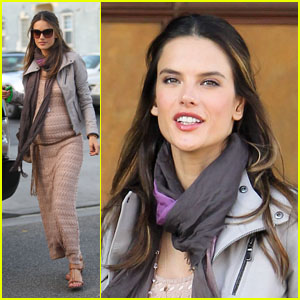 Alessandra Ambrosio: Beverly Hills Baby Bump!