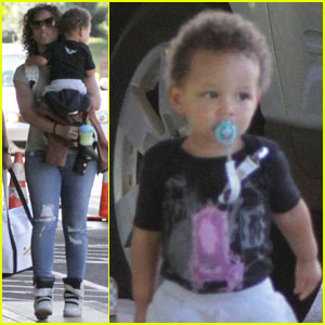 Alicia Keys Heads Home from Hawaii