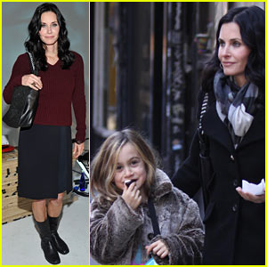 Courteney Cox: Newbark Fashion Week Show!