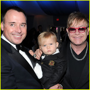 Elton John & David Furnish: Oscar Party With Baby Zachary!