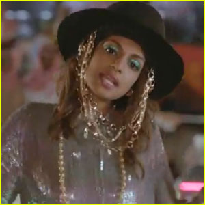 M.I.A.: 'Bad Girls' Video Premiere!