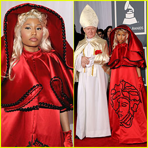 Nicki Minaj - Grammys with The Pope!