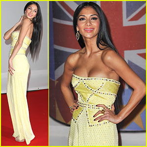 Nicole Scherzinger - Brit Awards 2012 Red Carpet