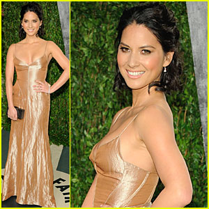Olivia Munn - Vanity Fair Oscar Party