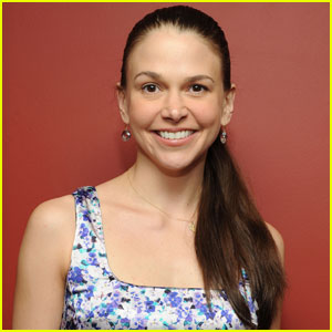 Sutton Foster: 'Bunheads' Picked Up by ABC Family!