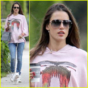 Alessandra Ambrosio: Daily Dog Walk!