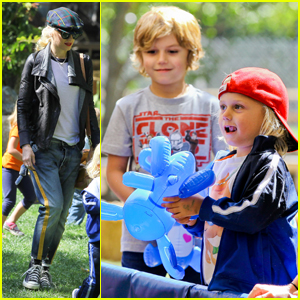 Gwen Stefani: Easter Egg Hunt with Kingston & Zuma