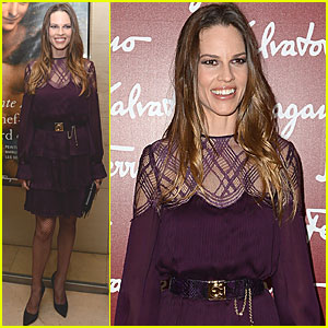 Hilary Swank Checks Out da Vinci's 'Ultimate Masterpiece'