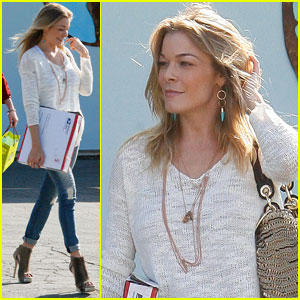 LeAnn Rimes: Thank You, Dad & Mom!
