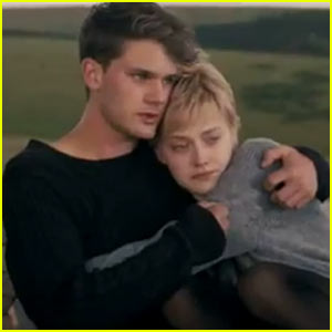 Dakota Fanning & Jeremy Irvine: 'Now Is Good' Trailer!