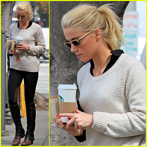 Amber Heard: Coffee & Sandwich Stop!