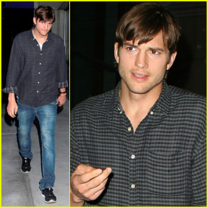 Ashton Kutcher Cheers On the Lakers!